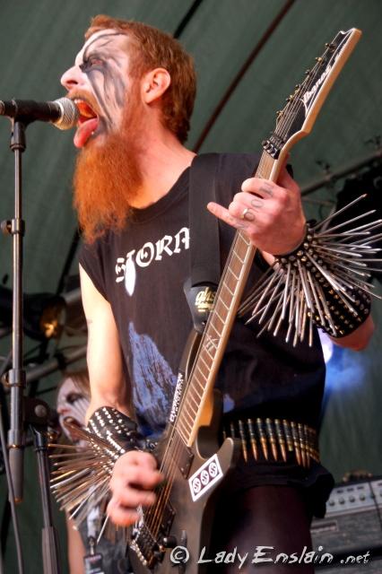 http://www.ladyenslain.net/festivals/2010/06.11-12%20-%20HAMMER%20OPEN%20AIR%20-%20Lieto/Saturday/slides/Goatmoon01.jpg